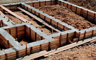 Приготовление цементного раствора для фундамента